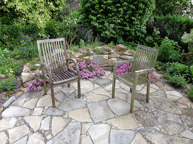 Terrassengestaltung natur garten for Garten terrassengestaltung
